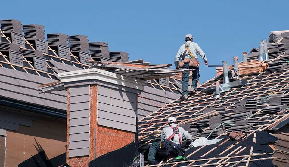 Choose a Right Time for Roof Repairing