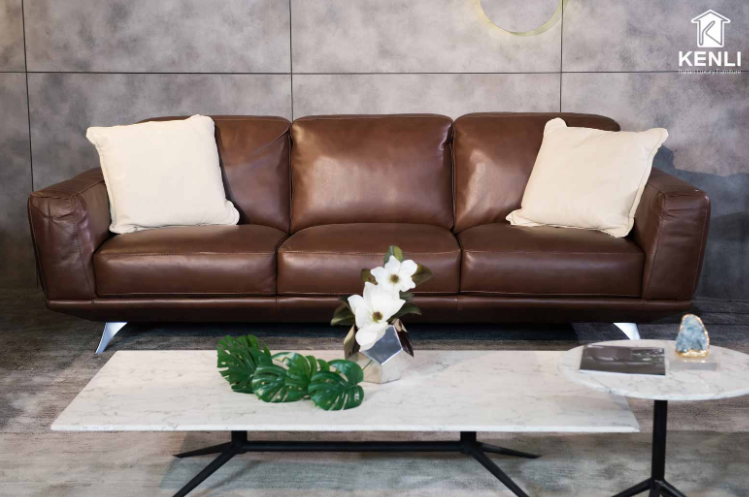 Leather sofa will help the room become more luxurious/ noithatkenli.vn